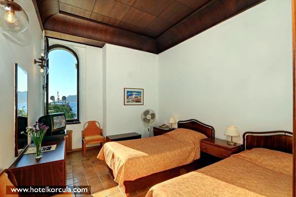 twin-room-hotel-korcula2